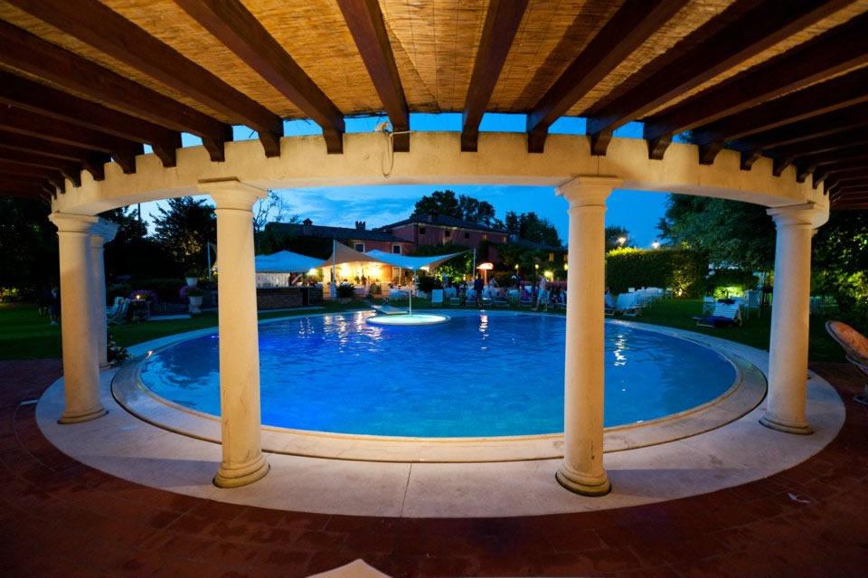 piscina-strana